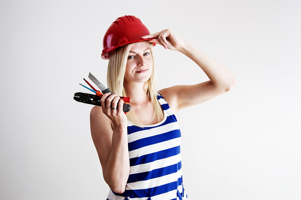 Make the decision: To hire homeimprovement companies, or to do it yourself?